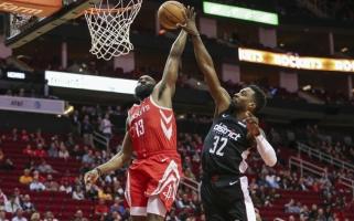 """Centrų nereikia: """"Rockets"""" kviečiasi du patyrius puolėjus"""