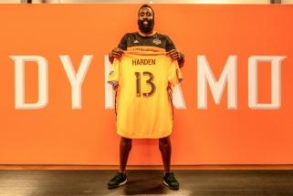 "NBA žvaigždė J.Hardenas tapo ""Dynamo"" futbolo klubo bendrasavininkiu"