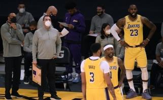 """NBA čempionai """"Lakers"""" suklupo antrą sykį (rezultatai)"""