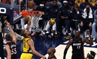 """""""Pacers"""" atsidarė pergalių sąskaitą, """"Pelicans"""" toliau skaičiuoja nesėkmes (rezultatai)"""