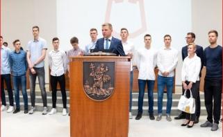 """Europos čempionė """"Lietuvos ryto"""" jaunimo komanda pagerbta savivaldybėje"""