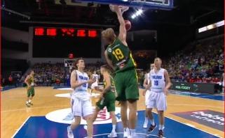 Lietuvos rinktinė be vargo susitvarkė su Suomijos krepšininkais
