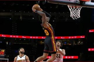 """Dėjimas per Lopezą bei Youngo ir Collinso ataka """"žemė - oras"""" – įspūdingiausi NBA momentai"""