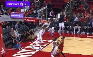 """NBA Top 5 - J.Hardeno ir R.Westbrooko ataka """"žemė-oras"""" bei monstriškas R.Holmeso dėjimas"""