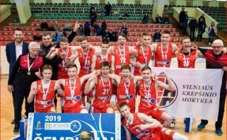 Įspūdingai žaidusių A.Marčiulionio ir Ą.Tubelio vedami vilniečiai triumfavo MKL finale