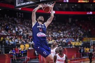 Pasaulio čempionato starte serbai tiesiog sumindė Angolos komandą