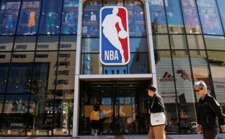 Kinijos ir NBA konfliktas aštrėja: atšauktos visų komandų ikisezoninių rungtynių transliacijos