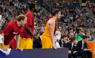 "Ispanijos čempionato finale vyks ""El Clasico"" - ""Barcelona"" sutriuškino baskus"