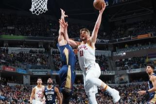 """Neprireikė nė Ziono: 14 taškų per dvi minutes sumetęs gynėjas pažabojo """"Pacers"""" su D.Saboniu"""