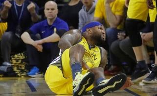"""""""76ers"""" pakartojo atkrintamųjų rekordą, """"Warriors"""" prarado Cousinsą ir istoriškai subyrėjo"""