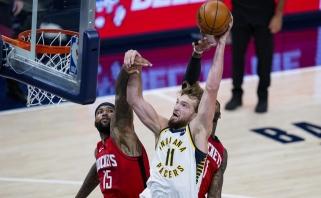 """Po fantastiškai rungtyniaujančio Sabonio ir """"Pacers"""" kojomis krito ir """"Rockets"""""""