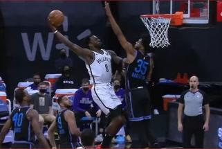 Monstriški Simmonso, Nwabos ir Greeno dėjimai – įspūdingiausi NBA nakties momentai