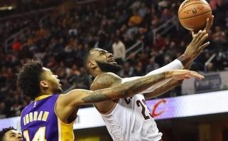 """NBA: """"Cavaliers"""" palaužė """"Lakers"""", """"Rockets"""" po pratęsimo įveikė """"Timberwolves"""""""