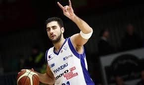 """P.Aradori """"Galatasaray"""" marškinėlius iškeitė į """"Estudiantes"""""""