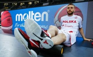 Olimpiniam atrankos turnyrui besirengiantys lenkai nusileido rusams