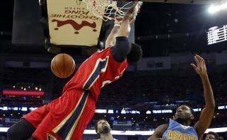 """NBA: fenomenalus A.Daviso sugrįžimas ir pamoka """"Rockets"""" (rezultatai)"""