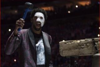 """NBA atkrintamąsias triuškinimais pradėjo čempionai ir """"76ers"""", """"Blazers"""" pralaimėjo"""