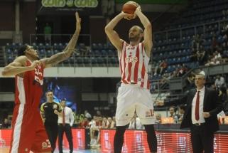 """""""Crvena Zvezda"""" Serbijoje neturėjo vargo ir tapo čempione trečią kartą iš eilės"""