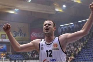 """""""Lietuvos ryto"""" varžovas """"Partizan"""" klubas išsaugojo kapitoną ir vieną lyderių"""