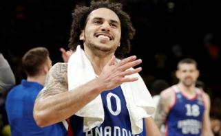 """NBA režimą įjungęs Sh.Larkinas išvertė """"Fenerbahče"""" iš sultono sosto"""