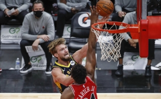 Žvėries režimas: po NBA karjeros rekordo – penktasis Sabonio trigubas dublis