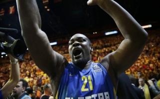 180 kg sveriantis S.Schortsanitis bando grįžti į profesionalų krepšinį
