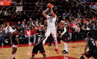 """NBA: Antetokounmpo išplėšė pergalę Šarlotėje, Davisas ir """"Pelicans"""" pažemino """"Rockets"""""""