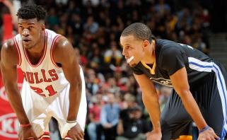 Pirmoje NBA metų savaitėje naudingiausiais pripažinti J.Butleris ir S.Curry