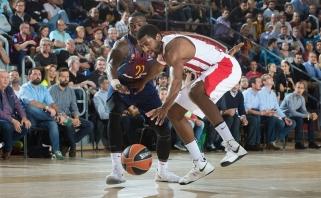 """Europos krepšinio milžinų dvikovoje """"Barcelona"""" sutriuškino """"Olympiakos"""""""
