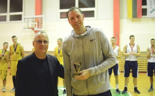 Po Kauno krepšinio mėgėjų lygos stogu – šimtai komandų