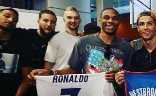 Prieš savo debiutą NBA klube D. Sabonis susitiko su pačiu C. Ronaldo