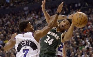 """Karštame NBA čempionų ir lygos lyderių mūšyje triumfavo """"Bucks"""" (rezultatai)"""