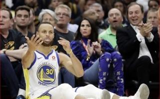 """Istorinis triumfas: """"Cavaliers"""" sausu rezultatu nušlavę """"Warriors"""" apgynė titulą"""