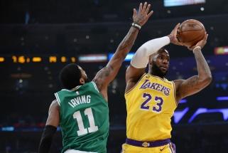 """LeBrono trigubas dublis neišgelbėjo dar vieną netektį patyrusių """"Lakers"""" (rezultatai)"""