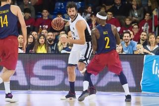 """""""Barcelona"""" neišlipa iš duobės - pralaimėjo ir Ispanijoje"""