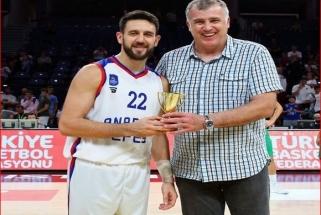 """Buvęs žalgirietis V.Micičius siautėja """"Anadolu Efes"""" gretose, tapo turnyro MVP"""