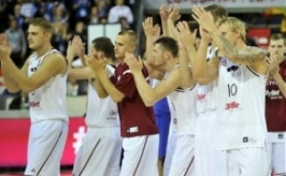 Latviai nervingose rungtynėse įveikė čekus, italai - kroatus
