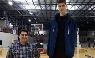 18 cm už J.Valančiūną aukštesniam rumunui bilietą į NBA garantuotų tik masė