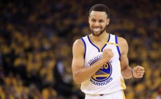 S.Curry - didžiausias visų laikų kontraktas, jo marškinėliai parduoti už rekordinę sumą