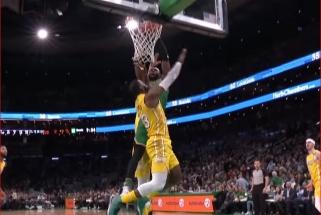 Įspūdingas J.Browno dėjimas per L.Jamesą - gražiausias NBA momentas