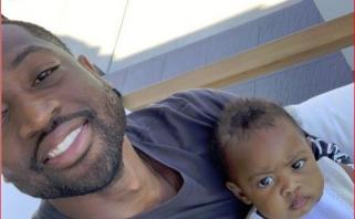 D.Wade'as pasijuokė iš gandų apie sugrįžimą pademonstruodamas dukters nuotrauką