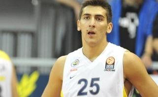 """""""Fenerbahče"""" panoro susigrąžinti priblėsusį Turkijos talentą"""