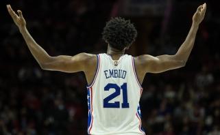 Bėdos persekioja toliau: J.Embiidui NBA sezonas baigtas