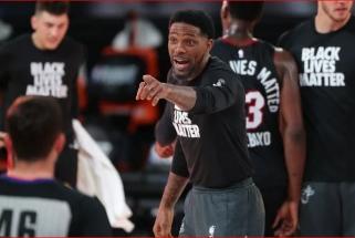 """40-metis """"Heat"""" simbolis Majamio komandoje žais 18-ą sezoną"""