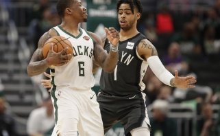 """NBA lyderius palaužę """"Nets"""" - per žingsnį nuo atkrintamųjų, """"76ers"""" laimėjo Čikagoje"""