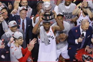 """Neeilinė Toronto šventė: įspūdingą spurtą surengę """"Raptors"""" - NBA finale"""