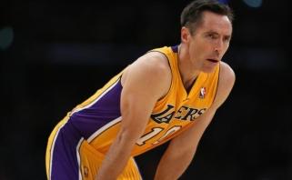 Skaudi žinia: S.Nashas dėl traumos praleis veikiausiai paskutinį sezoną NBA