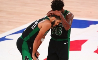 """Tatumo ir Browno tandemas pratęsė """"Celtics"""" sezoną"""