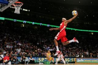 """""""Oro karalius"""" J.Smithas grįžta į NBA lygą"""