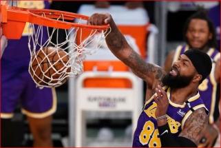 """NBA veteraną nustebino """"Lakers"""" sprendimas juo atsikratyti"""